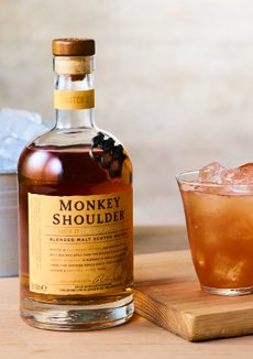 Buy Dewar's White Label Scotch Whisky 700ml Online Today   BWS